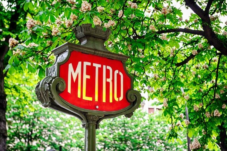 « Dû à », s'il y en a trop, c'est la faute du métro !